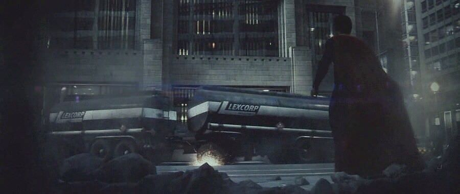 lexcorp-building-from-dawn-of-justice-leaked-man-of-steel-jpeg-75939